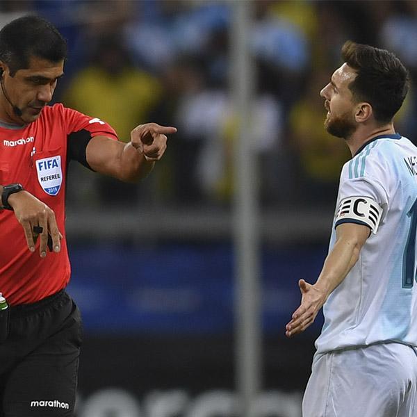 Messi se 'encendió' contra el VAR y el arbitraje